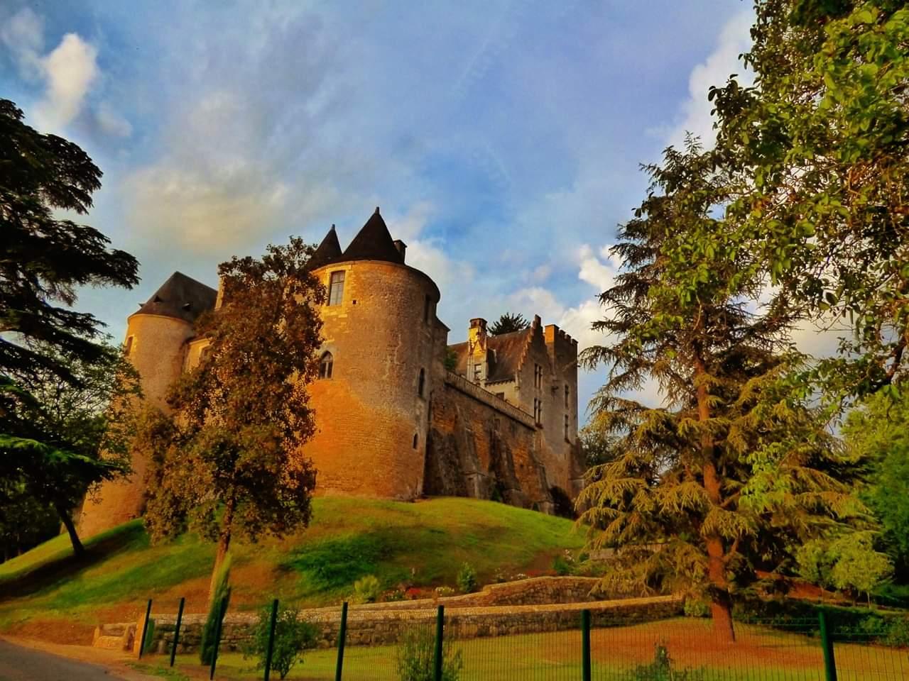 Séjourner dans le Périgord proche de Fénelon